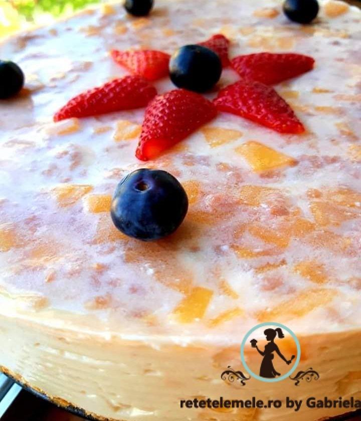 Cheesecake cu mango și banană 1