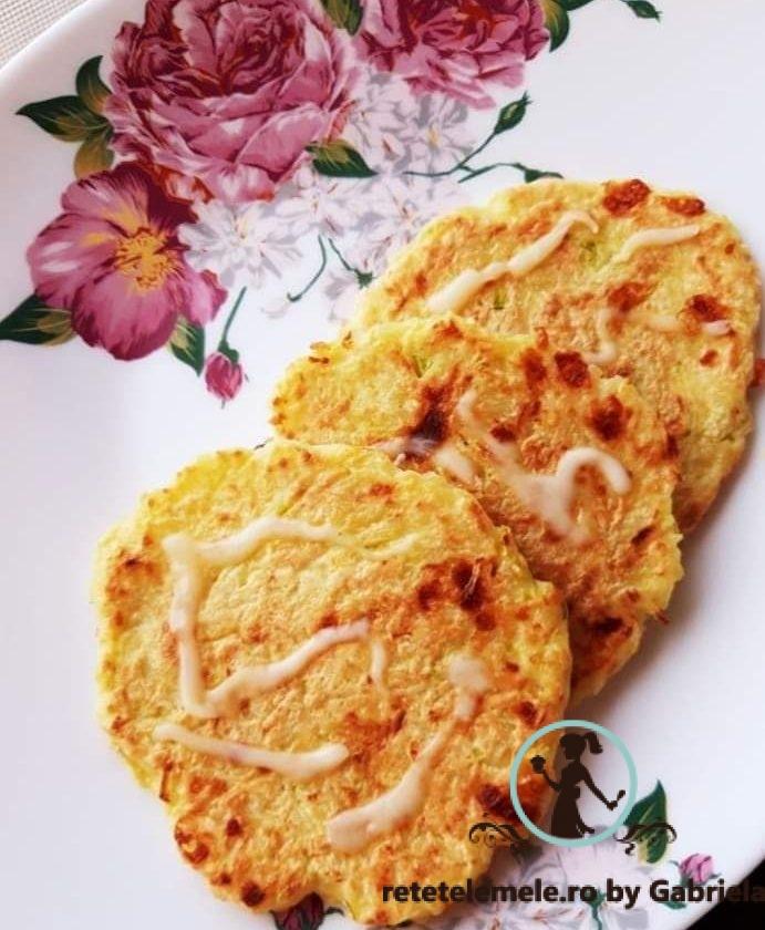 Pancakes cu zucchini ( dovlecel ) și mozzarella 1