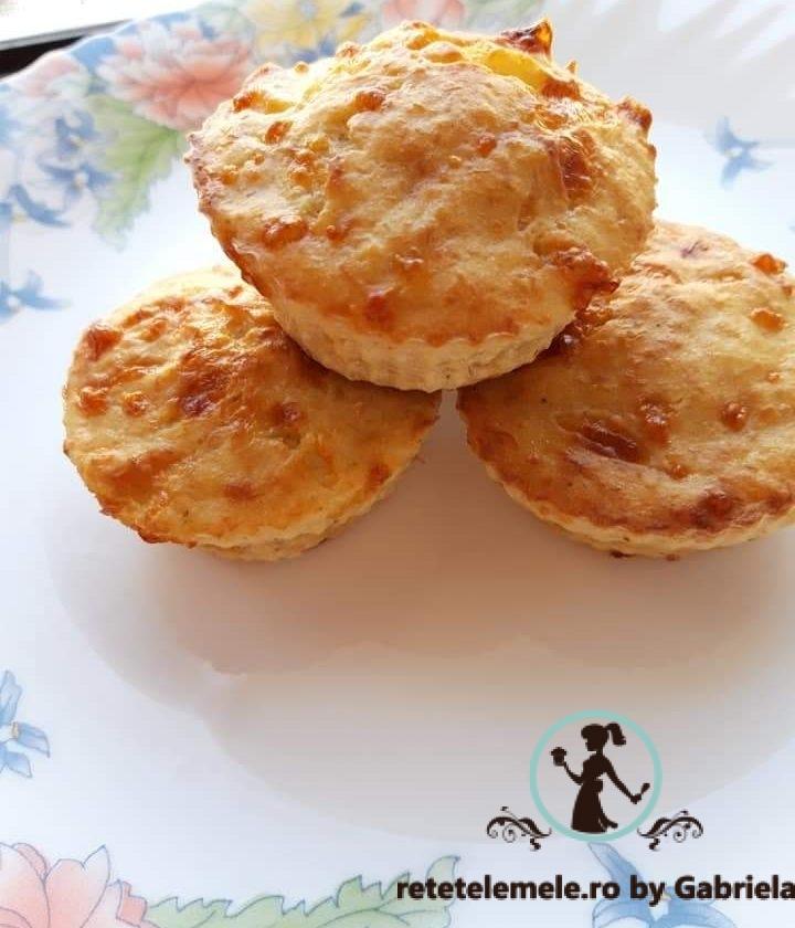 Brioșe cu piept de pui și mozzarella 1