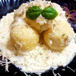 Khachapuri – plăcinte georgiene cu brânză