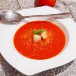 Calamar umplut  în sos roșu
