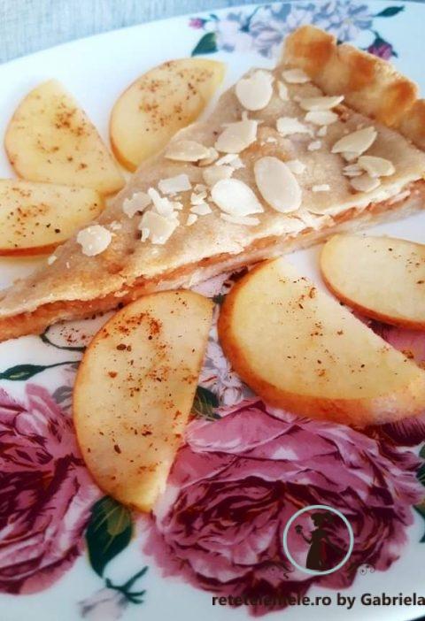 Plăcintă delicioasă cu mere 6