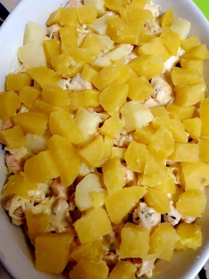 Cartofi cu pui - gratinați 7