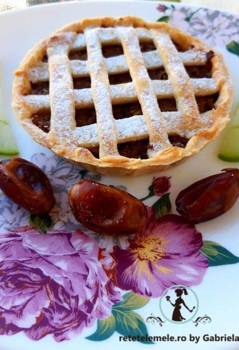 Tarta cu mere și nuci 2